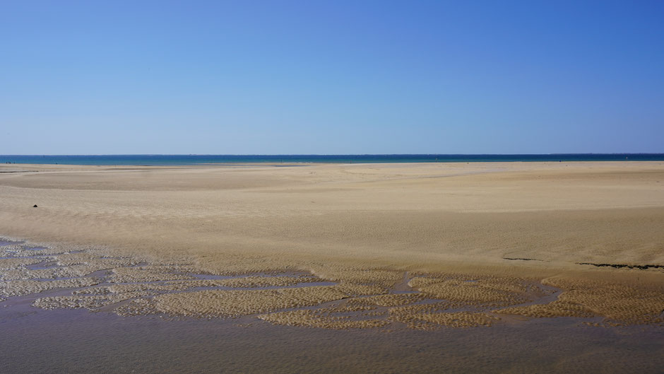 Sandmosaik in Arbeit