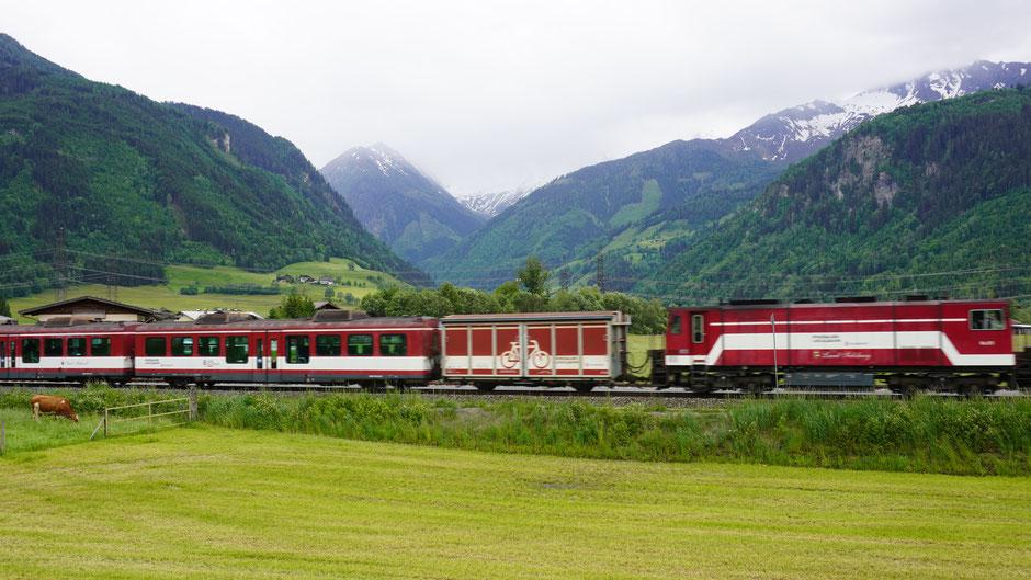 Pinzgaubahn vor Stubachtal - Erinnerung ans Skitouren werden wach