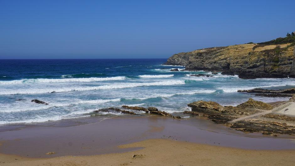Hier ist was los am Strand, zumindest auf Meeresseite ...