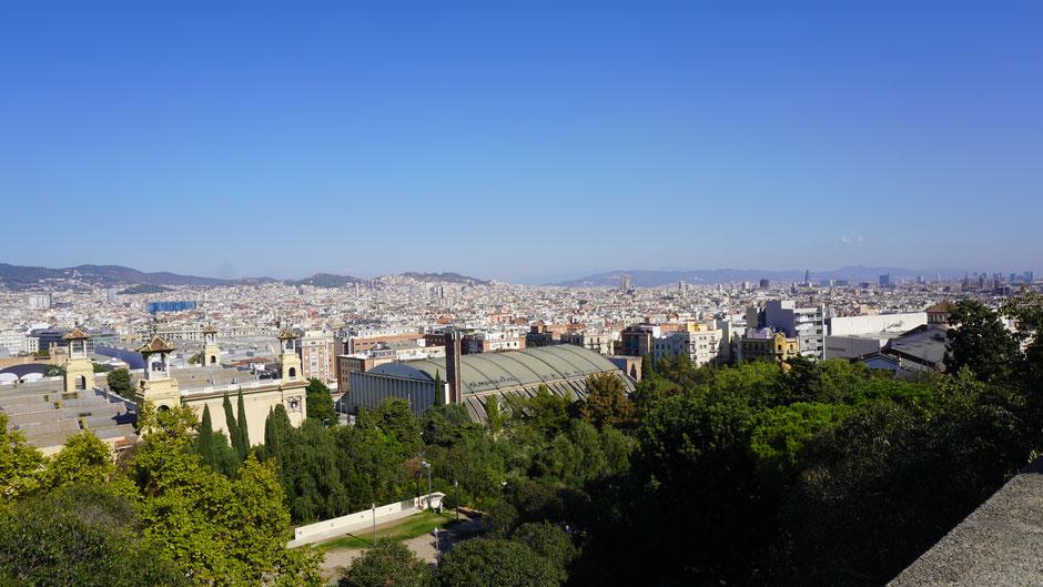 Blick auf Barcelona ...
