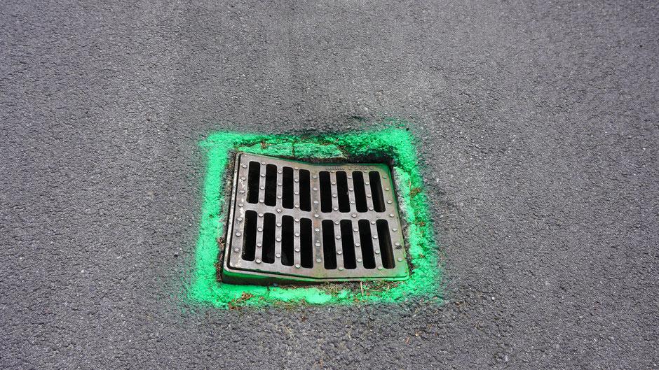 Fluoreszierendes Grün - da rumpelts auch nicht in der Nacht ...
