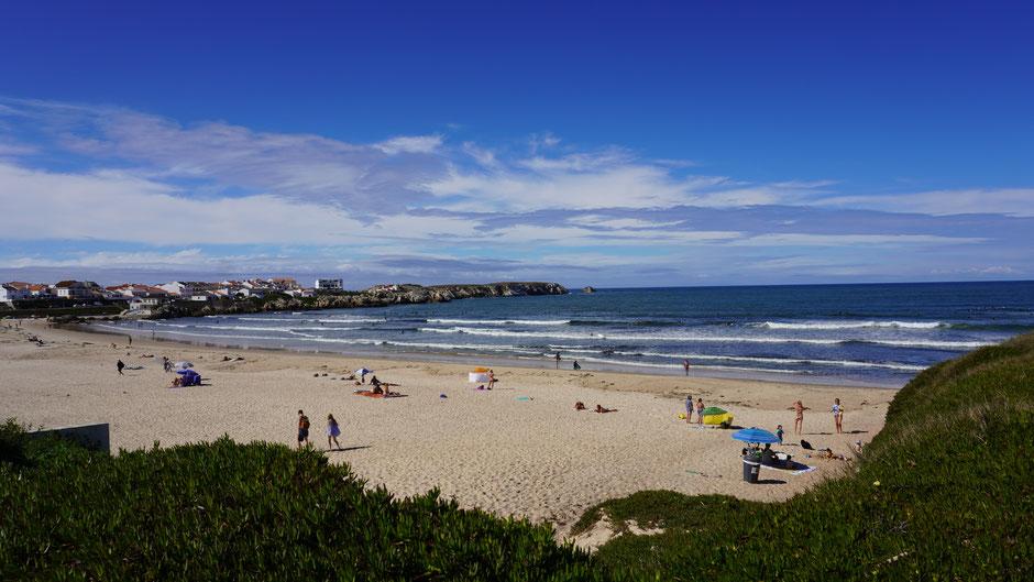 Hier tummeln sie sich, die Wellen und die Surfaspiranten ...
