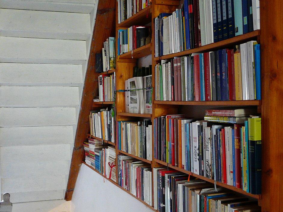 Bücher-Wand