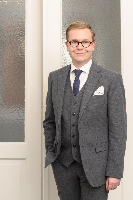 Portrait Dr. Mikola Preuss Rechtsanwalt Lehrbeauftragter für Medizin- und Medizinprodukterecht