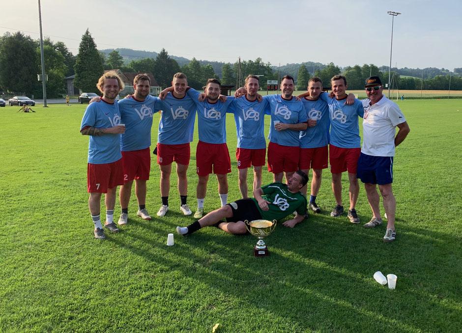 Der Sieger des Kleinfeldturniers der Hobbymannschaften: Der FZC Empersdorf
