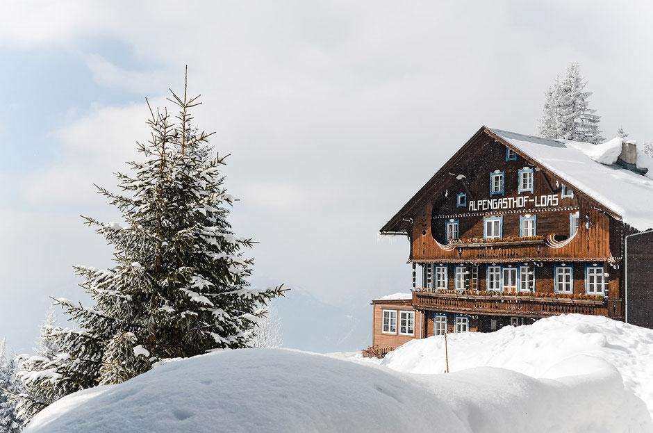 Alpengasthof Loas, Tirol - größtes Wiener Schnitzel, Wandern, Rodeln