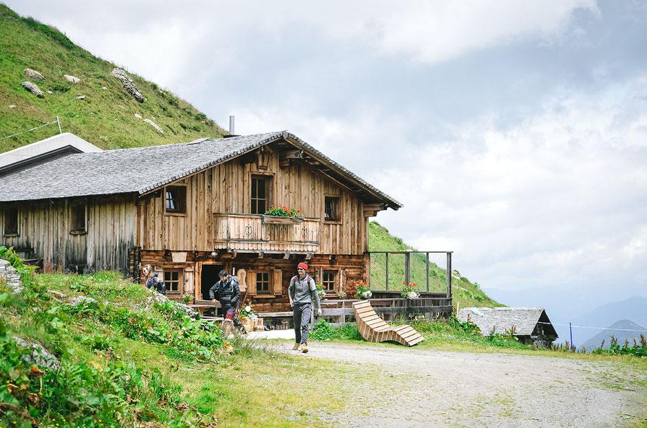 Zillertal Hütte -  Hochalm, 1811m