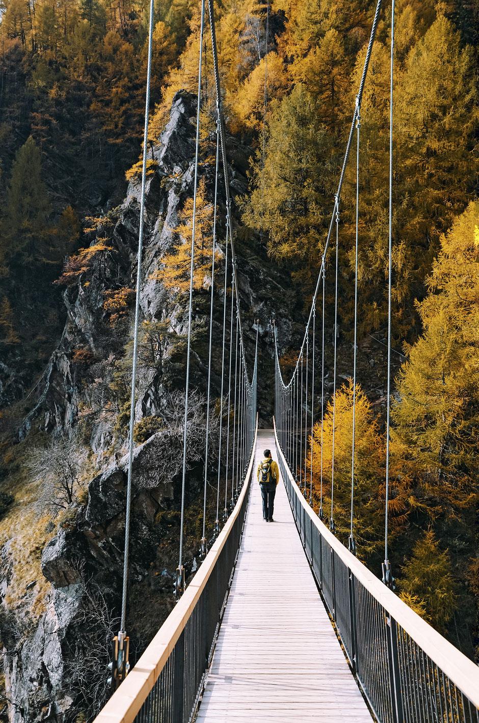 Hängebrücke am Meraner Höhenweg, 1000-Stufen-Schlucht