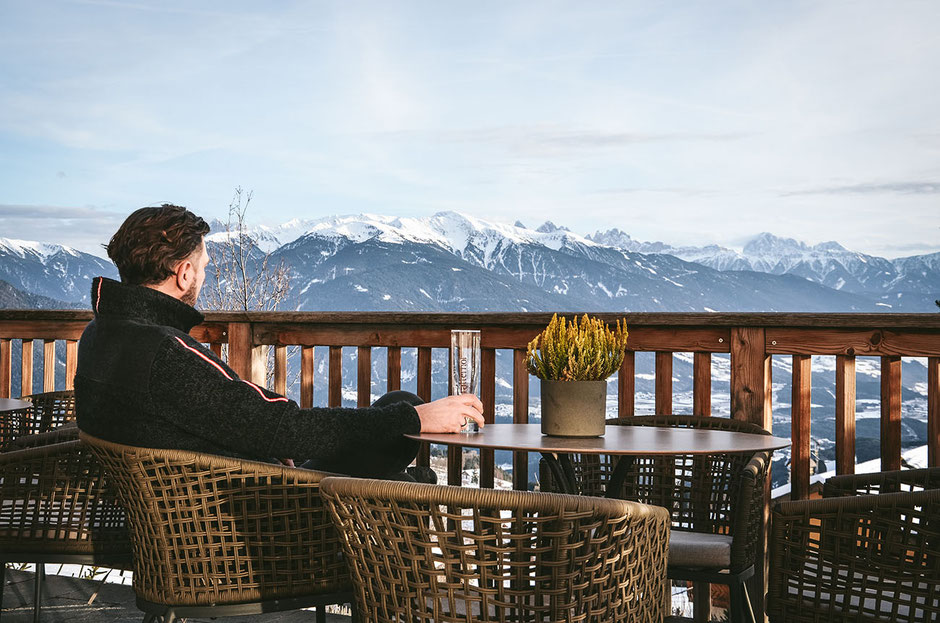 Hotelbeschreibung: Bergidyll Hotel Tratterhof (Südtirol, Pustertal, Eisacktal, Meransen, Wellnesshotel, Aktivhotel, Berghotel, Gitschberg-Jochtal)