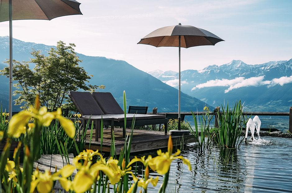 Naturbadeteich, Alpin und Relax Hotel DAS GERSTL (Vinschgau, Südtirol)