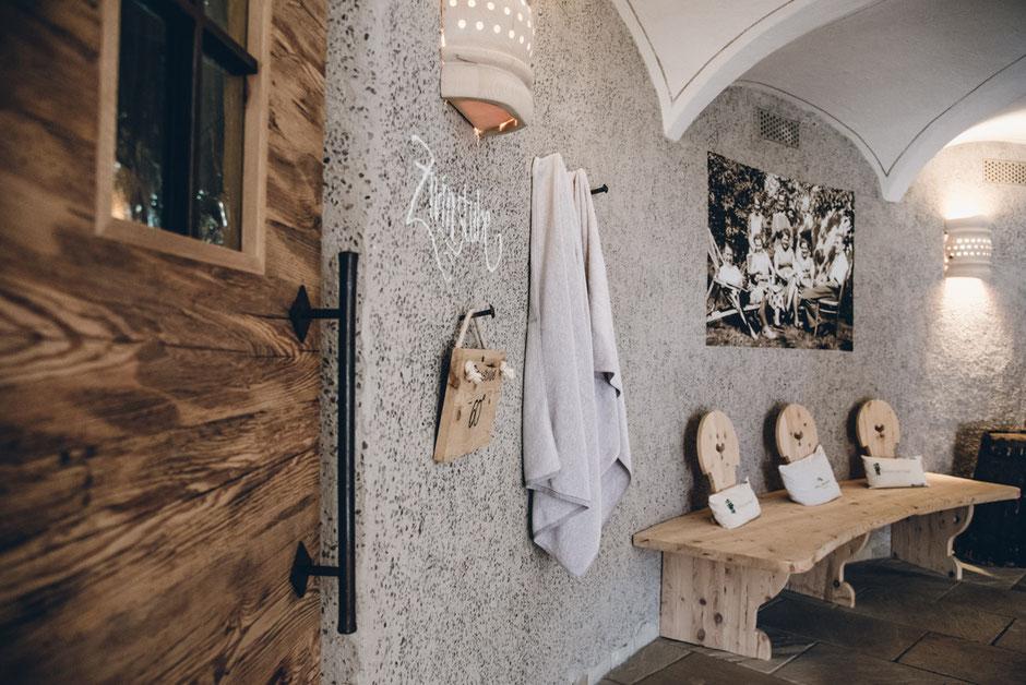 Wellnessbereich Naturhotel Kassian - Algund, Meran, Südtirol (Zirmstube-Sauna)