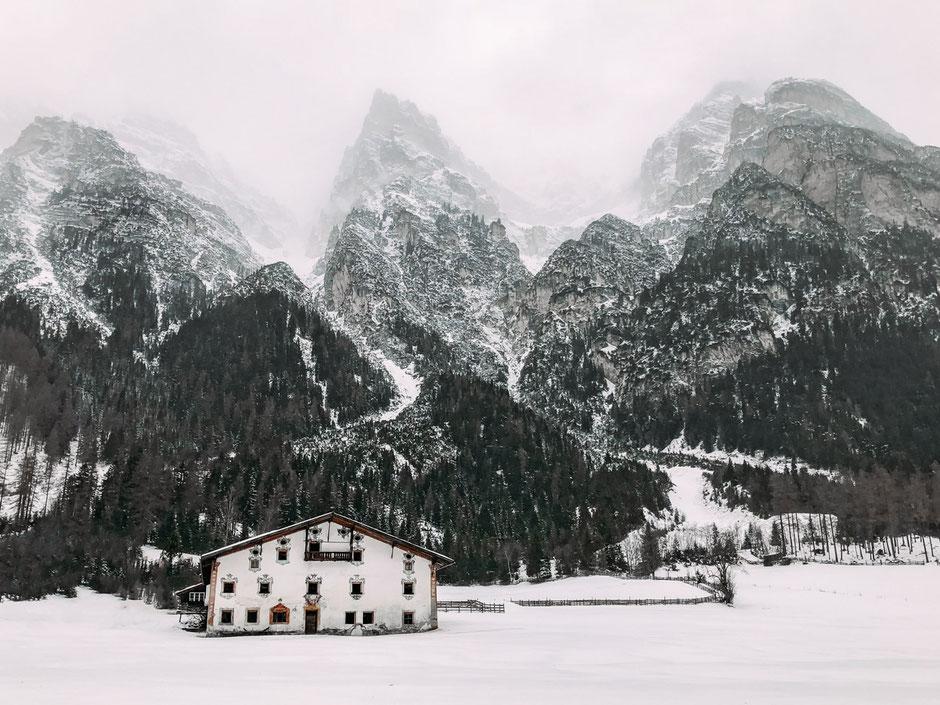 romantische Weihnachtsmärkte in den Bergen - Tirol,Südtirol, Bayern