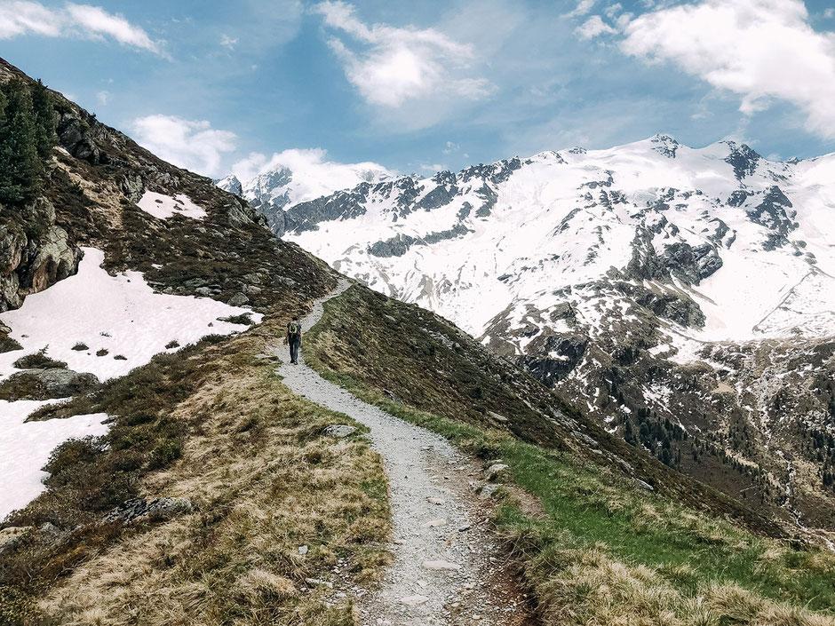 Gletscherlehrpfad Weißkugelhütte