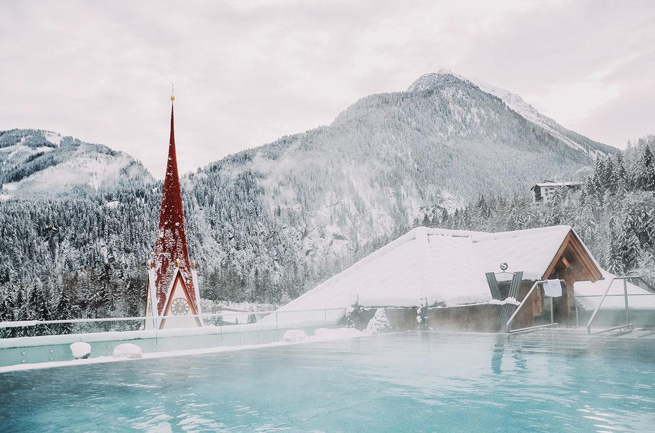Infinity Pool im Stock Resort im Zillertal, Tirol