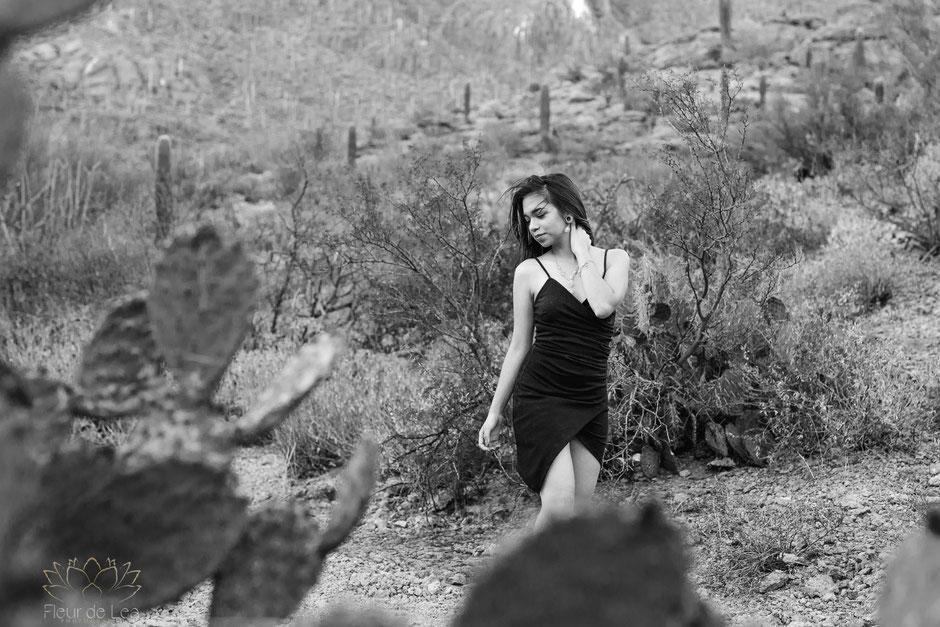 black and white of senior girl posing desert and cactus. Fleur de Lea Photography