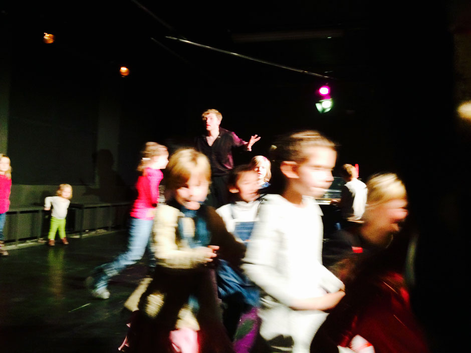 Improworkshop & Theaterkurse für Kinder