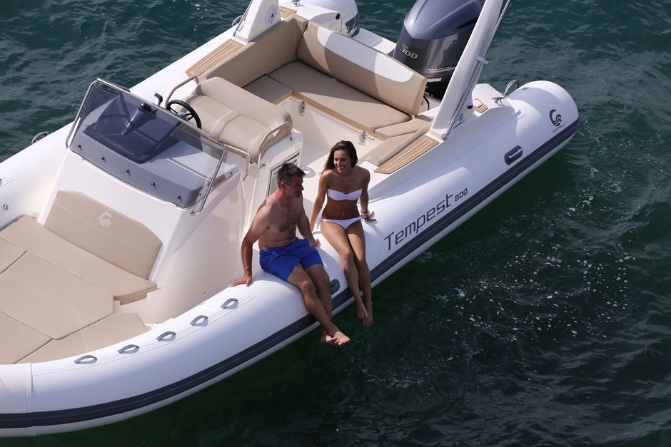Capelli top line ribs - Tempest 800 - Rubberboot Holland Aalsmeer