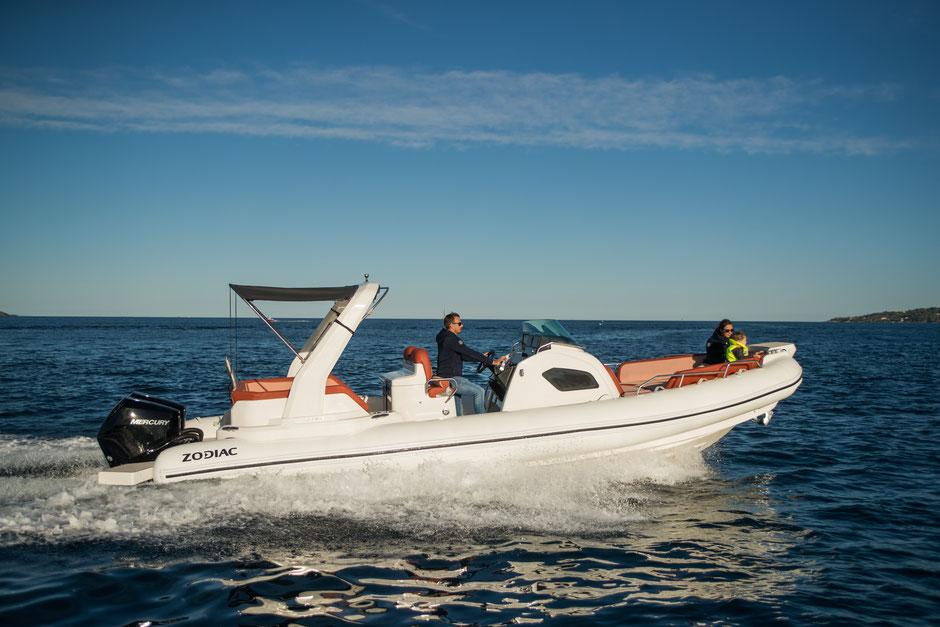 Zodiac RIB - Medline 9 RIB new model Rubberboot Holland Aalsmeer