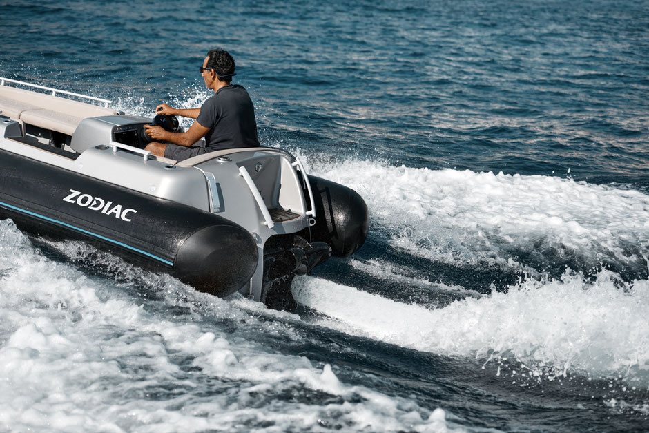 Zodiac Electric jet tender eJET 450 - Rubberboot Holland Aalsmeer