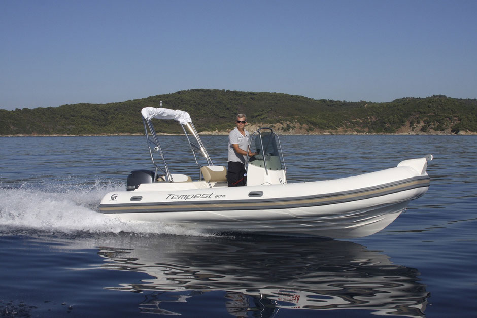 Capelli top line ribs - Tempest 600 - Rubberboot Holland Aalsmeer