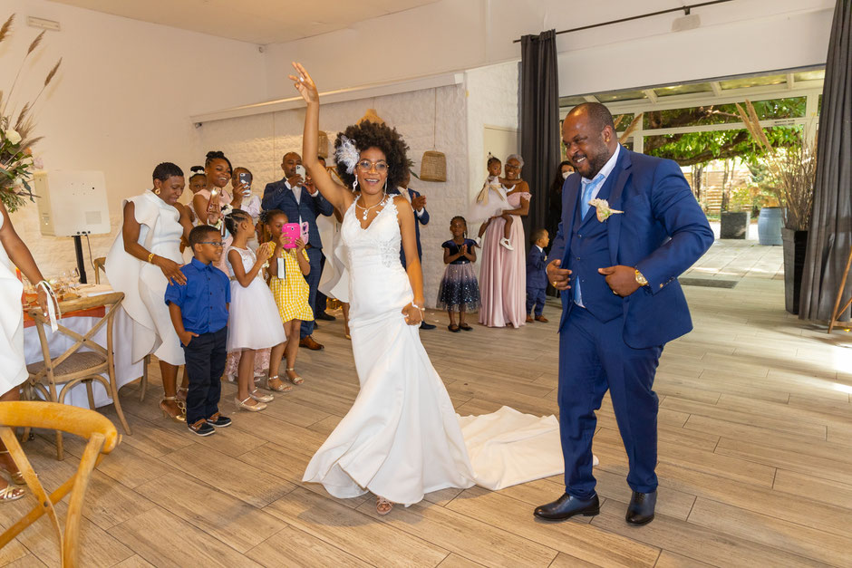 mariage exotique entrée en salle des mariés