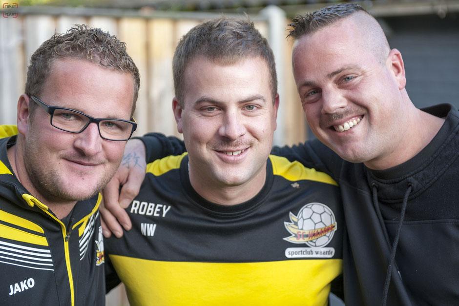 Vlnr: Zwager Rien Sinke en de broers Nick en Tom Wagenaar. © TekstEnPlaat.nl