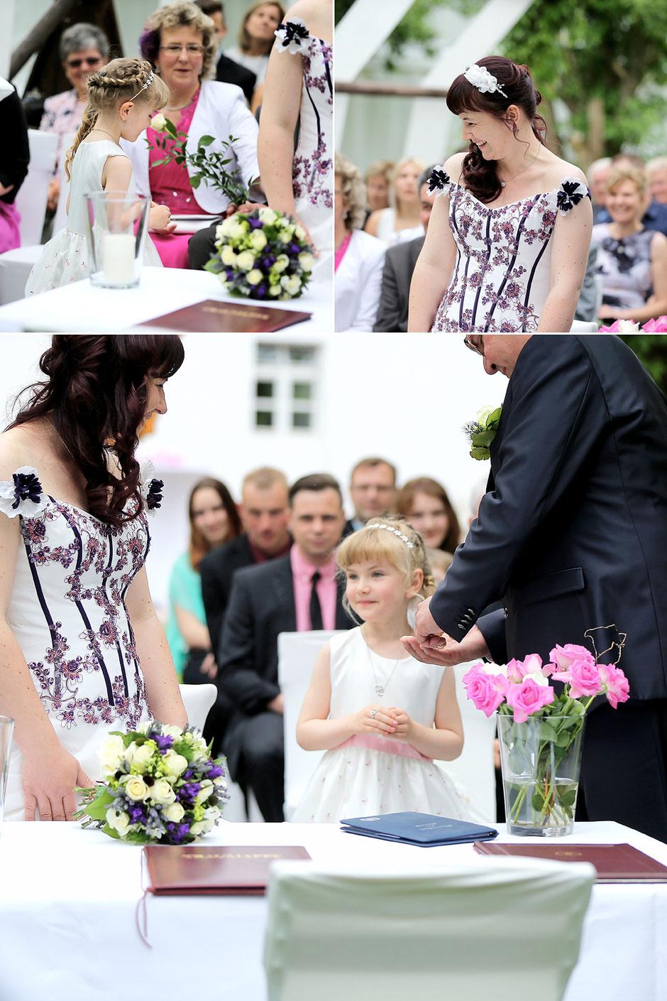 Eheschließung Schmiedelandhaus Greifendorf, Trauringe, hochzeitsfotograf Erzgebirge, hochzeitsfotograf chemnitz