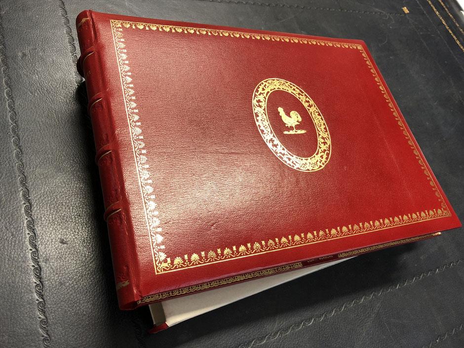 Libro firma pelle personalizzato by Conti Borbone