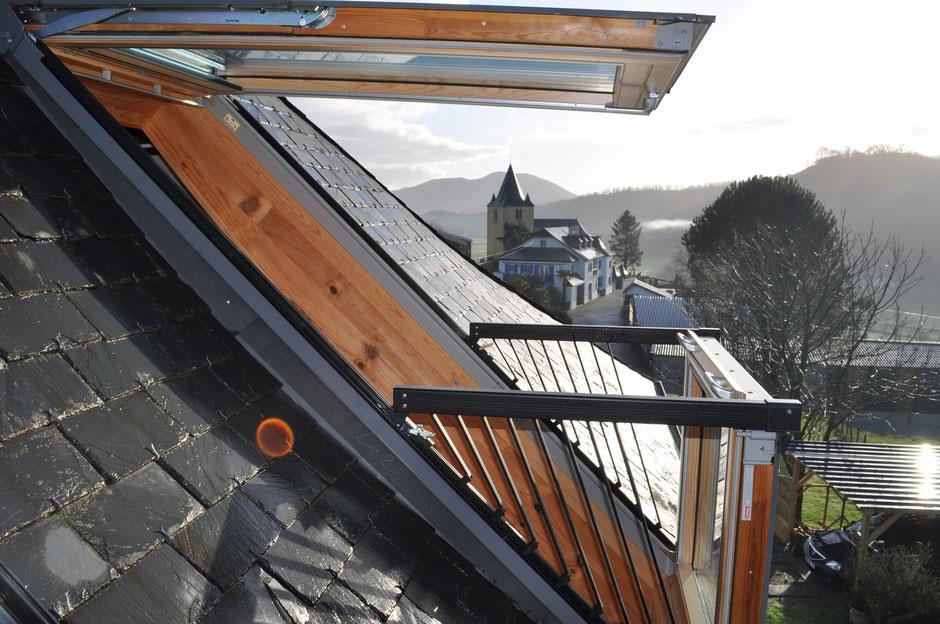 velux et fen tres de toits site de la menuiserie aran maul on. Black Bedroom Furniture Sets. Home Design Ideas