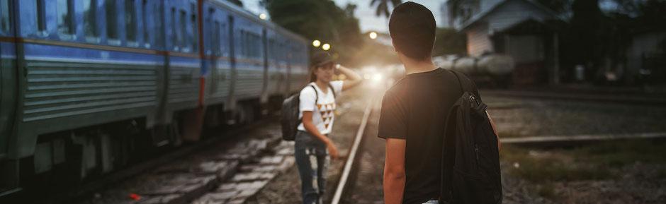 Dilema tren en vía atropella 5 personas