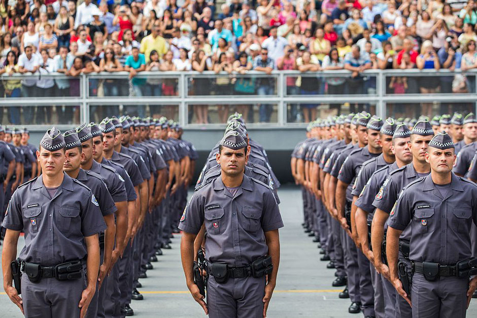 End of training for cadets of the São Paulo police (source Wikicommons)
