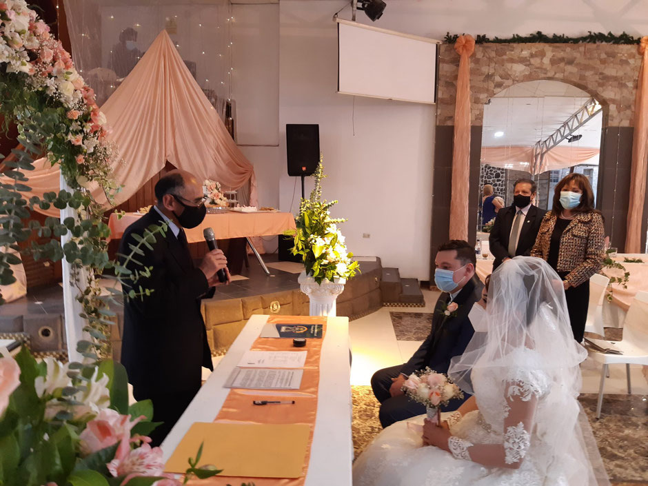 Wedding, Oct 2020. With about twenty guests, this ceremony took place at the event place managed by my uncle, father of the groom. Despite safety measures taken, this type of event can spread Covid-19. (Photo: C. Terry)