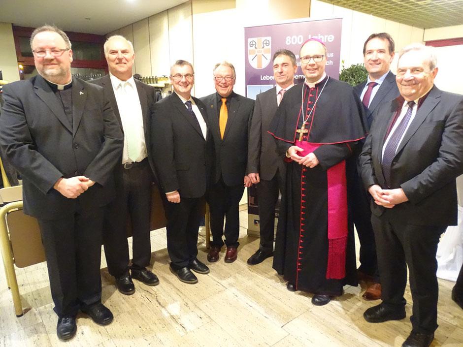 Gruppenbild mit Bischof Dr. Stephan Ackermann