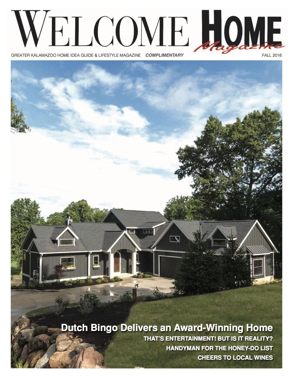 Titelblatt Wohnzeitschrift mit Bericht über eine Immobilie.