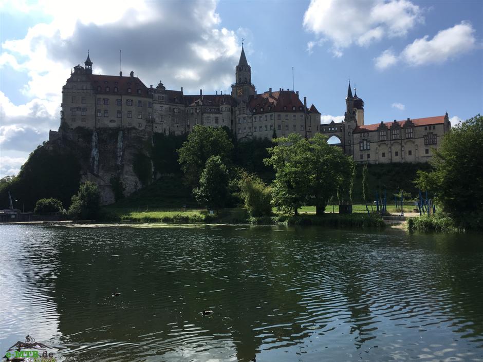 Die schöne Burg Hohenzollern in der schwäbischen Alb.