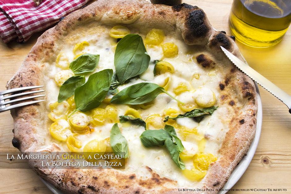 Margherita Gialla, tomate cerise jaune, la bottega della pizza à Casteau, Soignies, dans la région du Hainaut en Belgique.