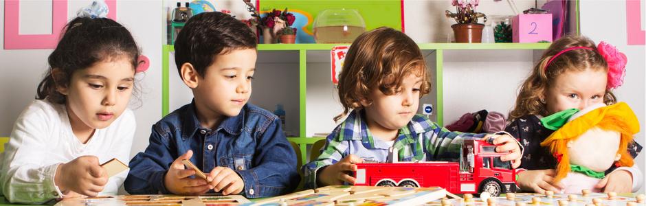 Entwicklungsschritte von Kindern zwischen vier und sechs