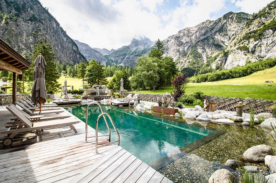 Gramai Alm Wellness day spa Tirol Hotel Hundefreundliche Hotels Urlaub mit Hund Bergurlaub mit Hund