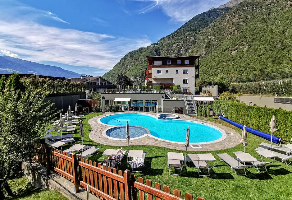 Hotel Waldhof Rabland Vinschgau Wellness Urlaub mit Hund Bergurlaub mit Hund Südtirol