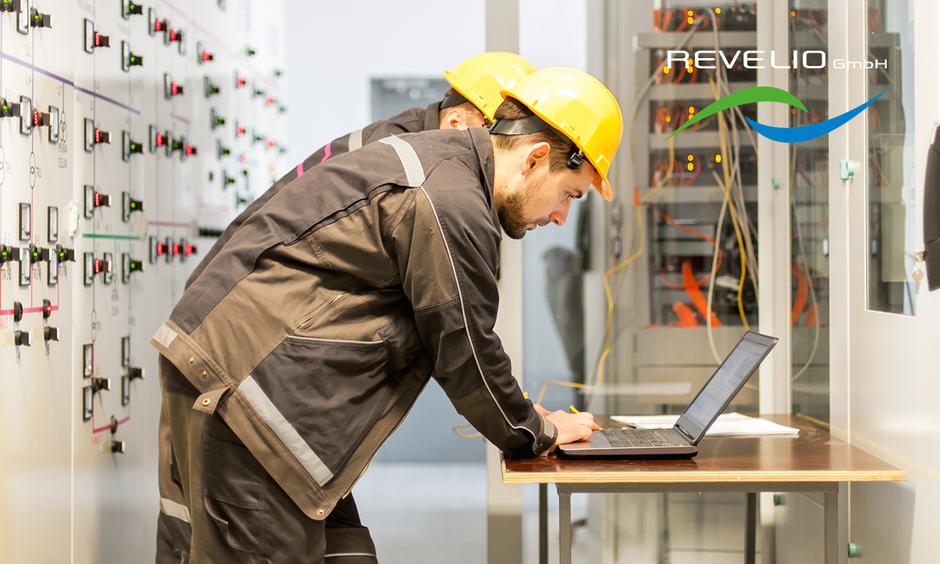 Dank dem breiten Fachwissen der REVELIO-Mitarbeiter werden Ihre Photovoltaikanlagen professionell gewartet.