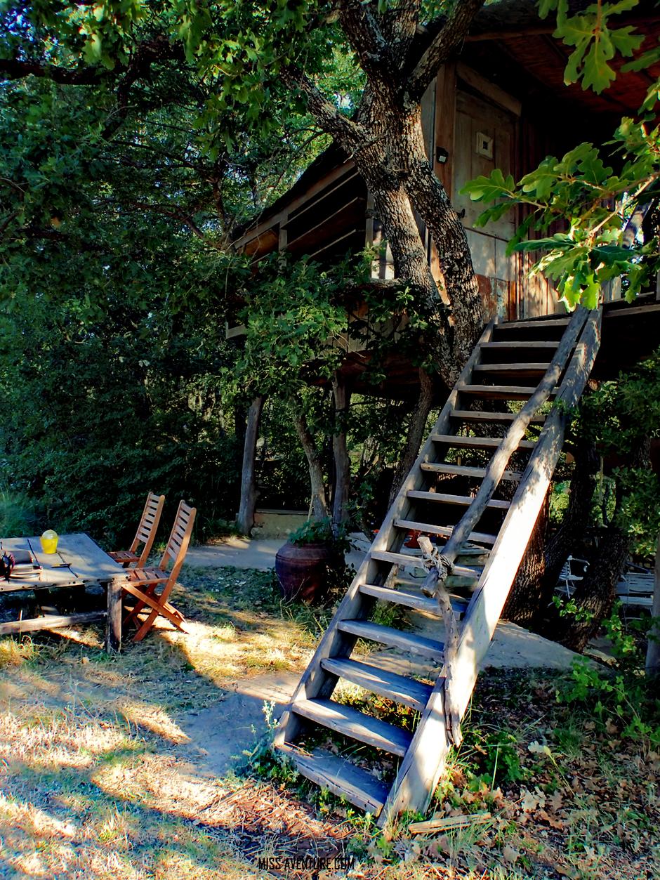 le refuge du temps perdu, cabane dans les arbres, Roussillon. VAUCLUSE. www.missaventure.com. blog aventures, nature et photos