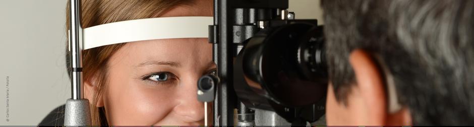 Mobile Augenuntersuchung beim Gesundheitstag