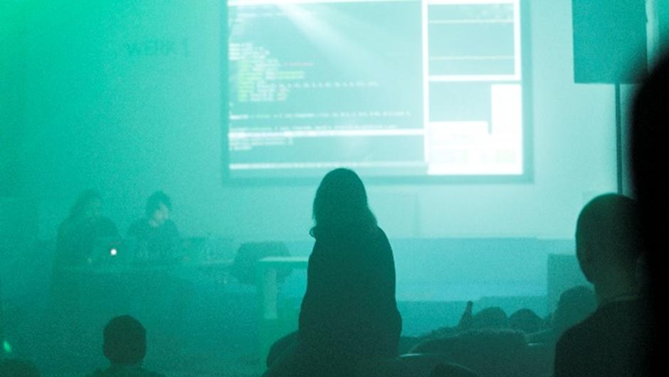 GAMIFICATION. Konzert mit Gaming, Live-Coding und Zock-Session (2017 / München)