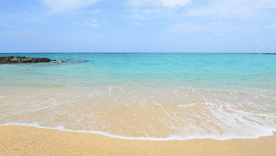 青い海と砂浜