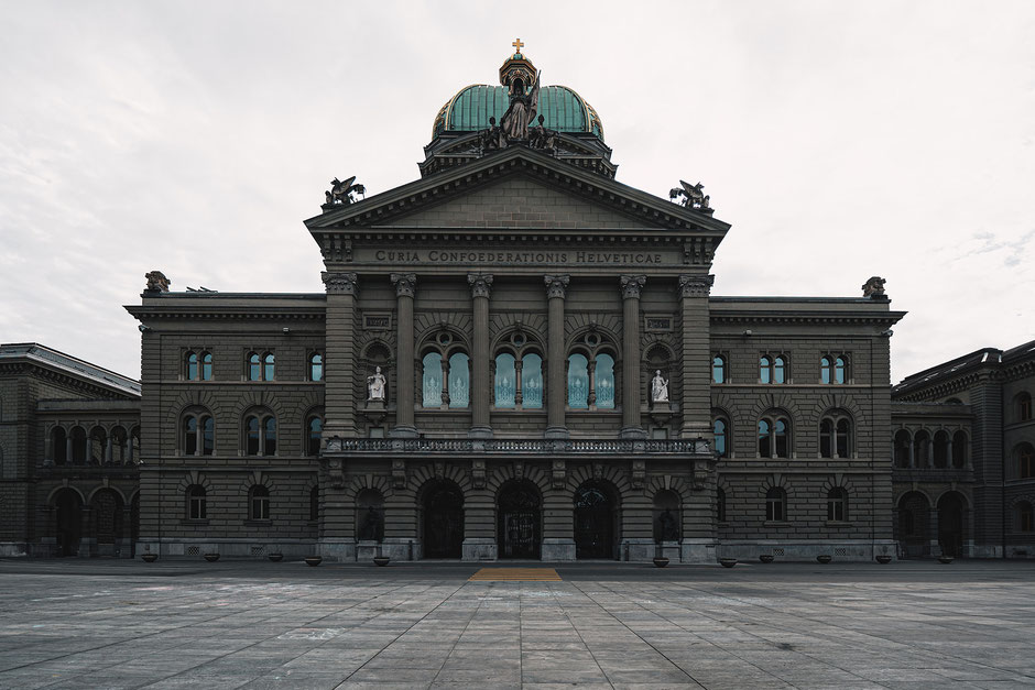 Revision CO2-Gesetz – Parlamentsgebäude Bern