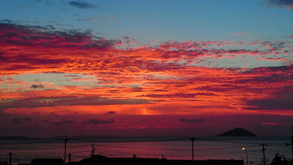 赤い夕焼け Red Sunset
