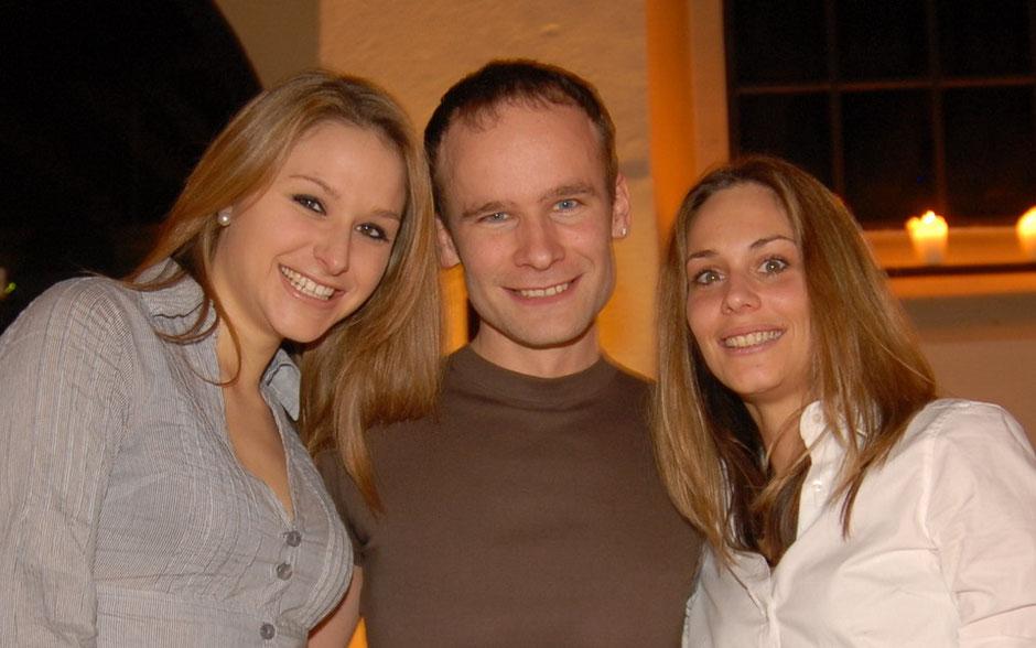 Carmen Hediger Miss Bern und Miss Amitié 2009/2010 und Corinne Parrat Miss Handicap 2009