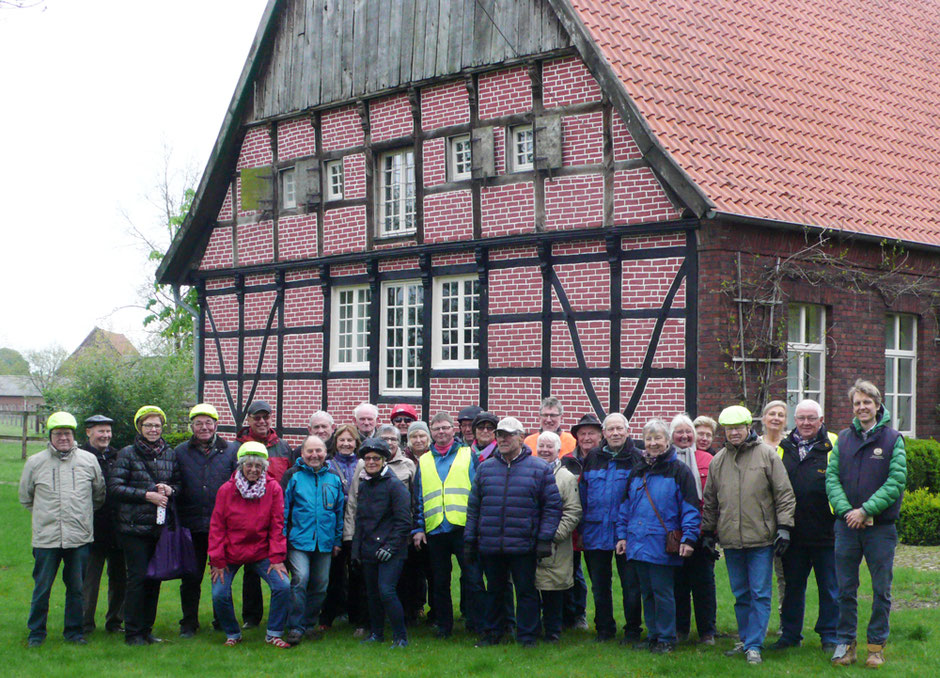 Gruppe des Heimatvereins - Foto: Theo Sander