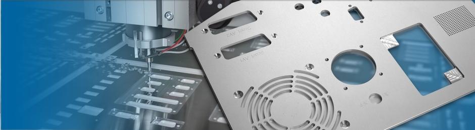 Auf diesem Bild ist eine Frontplatte für den industriellen Gebrauch abgebildet.