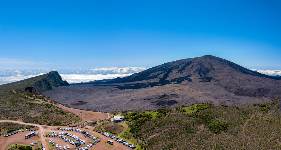 ascension du piton de la fournaise en éruption cratère dolomieu et bory formica léo pas de bellecombe ayapana réunion
